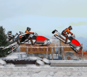 Hra - Snowmobile Winter Racing