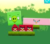 Hra - Angry Birds Kick Piggies